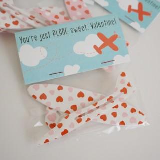 Free Printable Airplane Valentine - Non-Candy Valentine