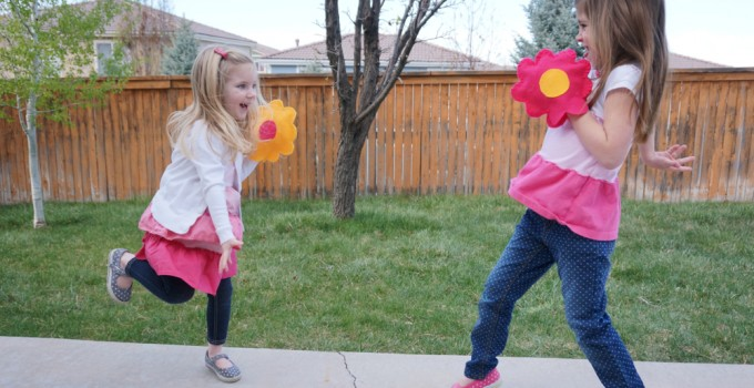 Flower Velcro Catch Game